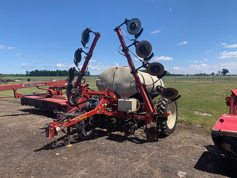 2012 FARM KING 1410 LIQUID FERTILIZER APPLICATOR