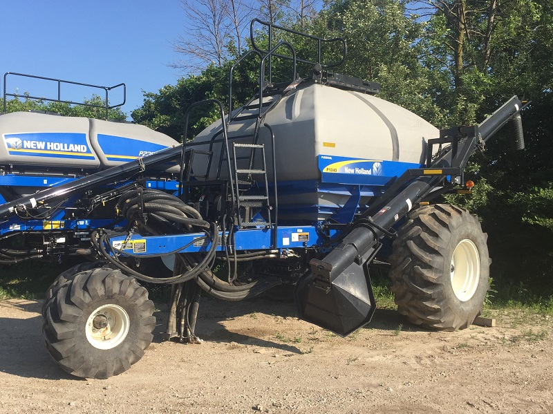 2012 NEW HOLLAND P1040 AIR CART