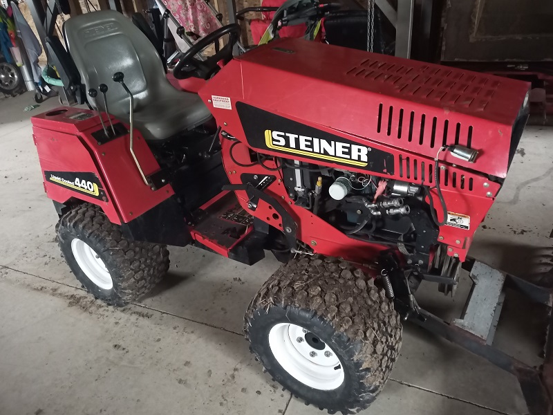 2012 STEINER 440 COMPACT 4WD TRACTOR