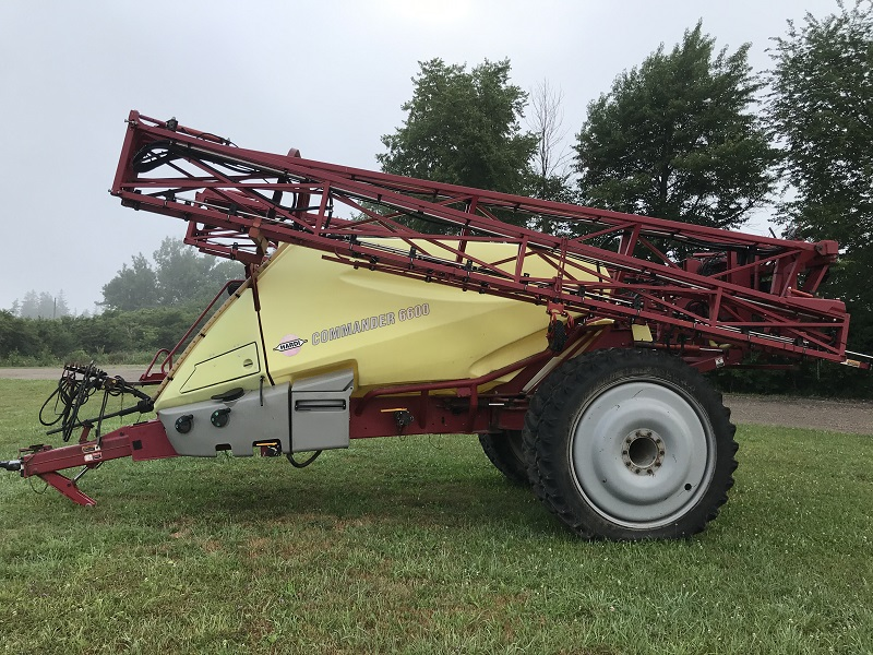 2007 HARDI COMMANDER 6600 PULL TYPE SPRAYER