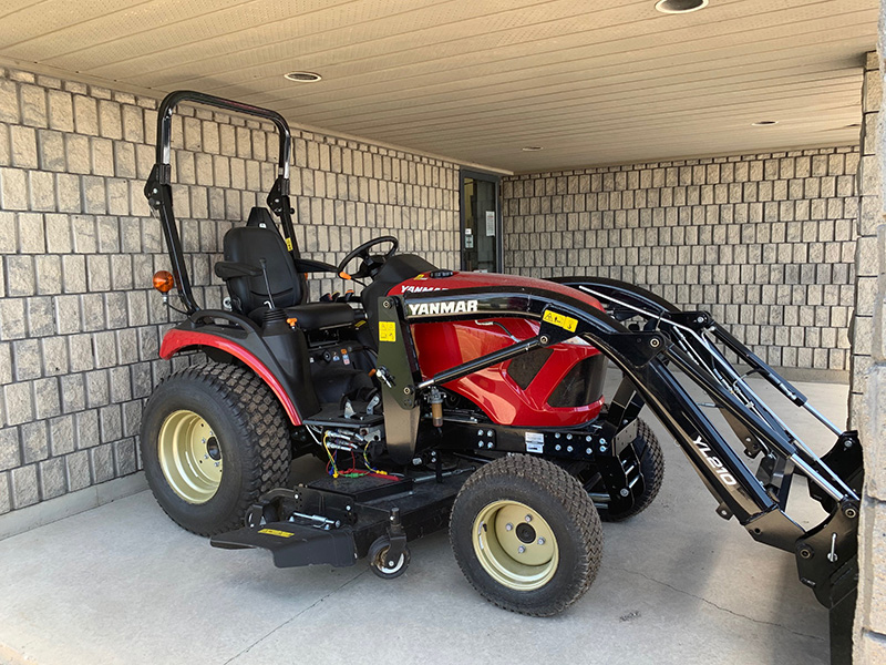 2020 YANMAR SA324 TRACTOR WITH LOADER AND MOWER
